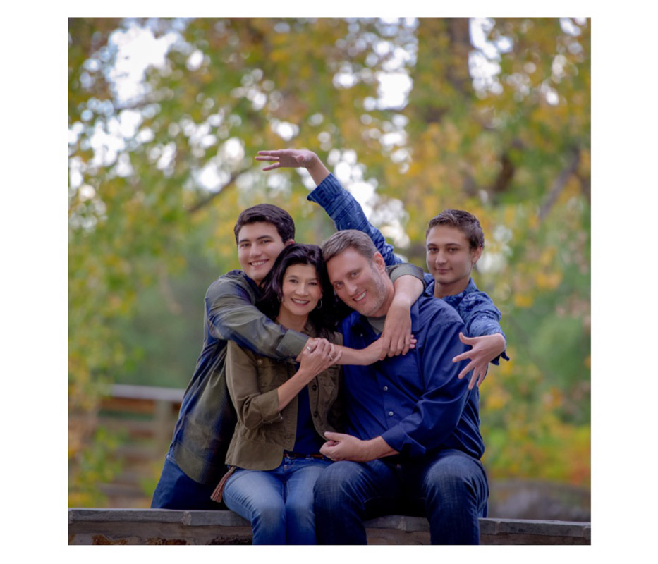 Denver Metro Affordable Family Photographer Carullo photo Families Blue (1 of 68)