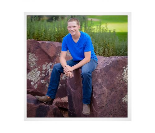 Denver Metro Affordable Senior Class Photographer Carullo photo Seniors Green (36 of 43)